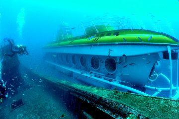submarine under water
